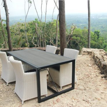 Forniture Kayu Komposit Destination Green