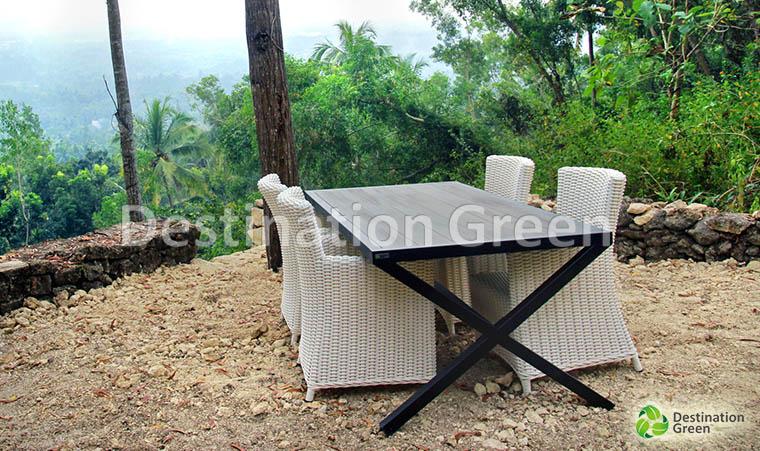 athena Bar Mejah outdoor dengan WPC , kayu buatan , komposit kayu , atas . dari Indonesia