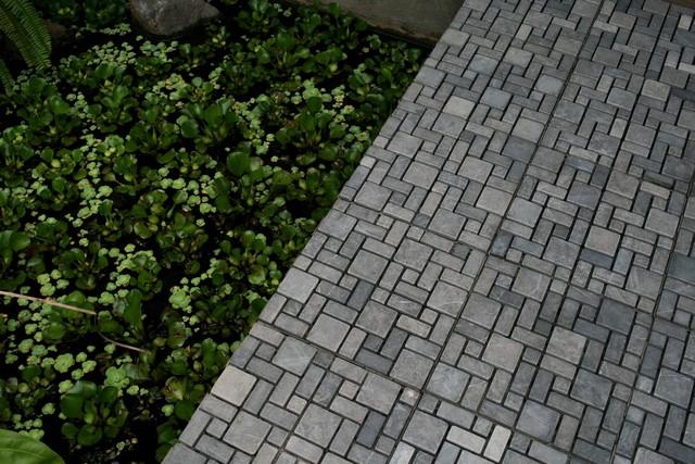 Ubin Batu Mosaic untuk Kolam Renang dan Taman