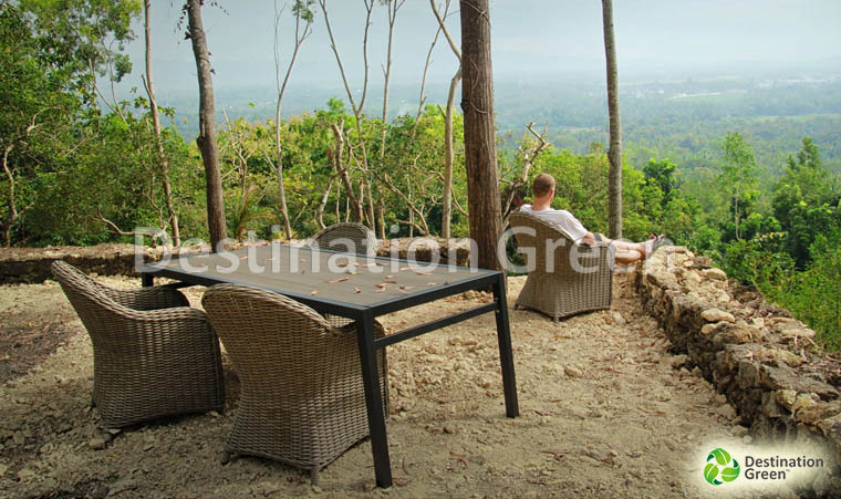 Lisabon Outdoor Table with WPC, artifical wood, wood composite, top. From Indonesia